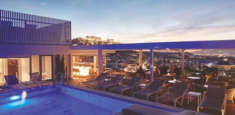 Electra Metropolis, pool view
