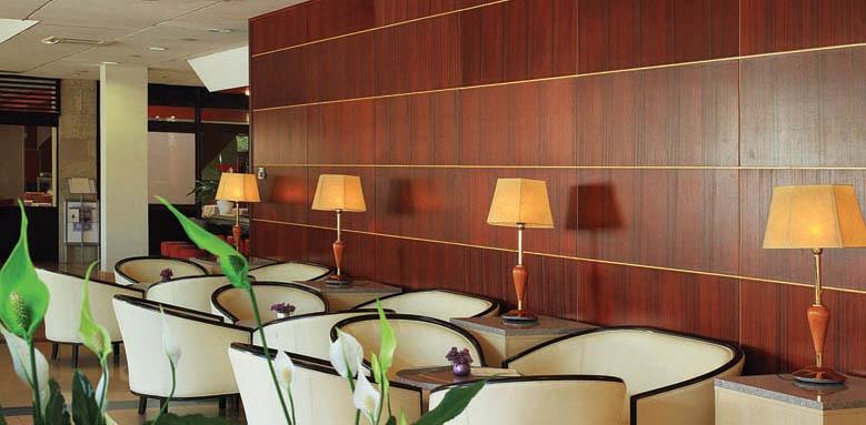 Hotel Marko Polo, bar