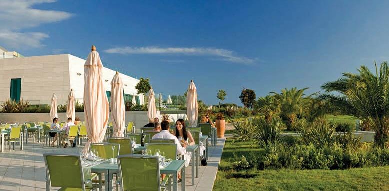 Valamar Lacroma, restaurant terrace