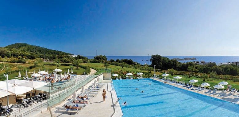 Valamar Lacroma, outdoor pool