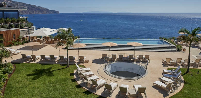Le Suites at the Cliff Bay, view over pool