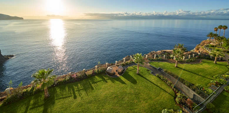 Le Suites at the Cliff Bay, view over gardens and water