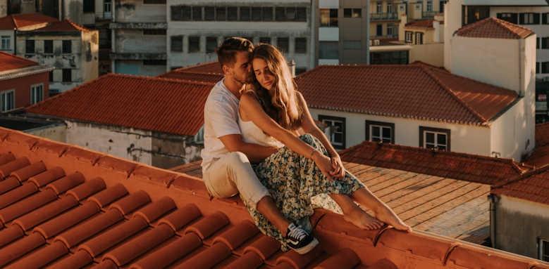 Se Boutique, couple on roof