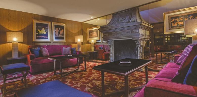 Jaz Royal, lounge
