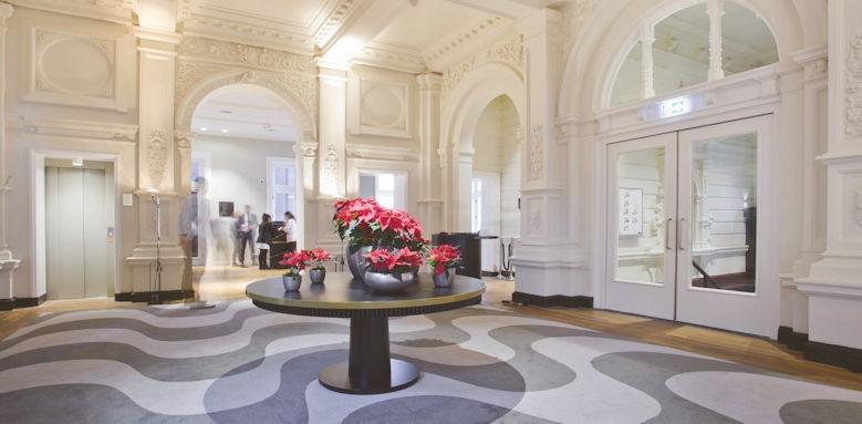 Pestana Riverside, lobby