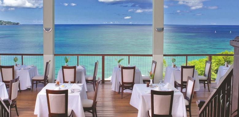 Calabash cove resort and spa,, restaurant