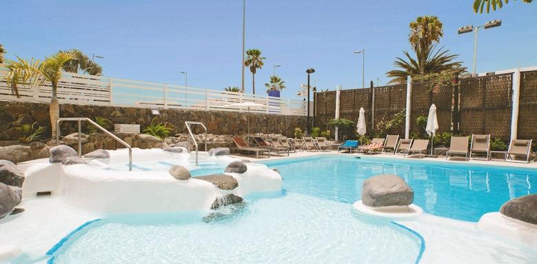 Anamar Suites, pool view