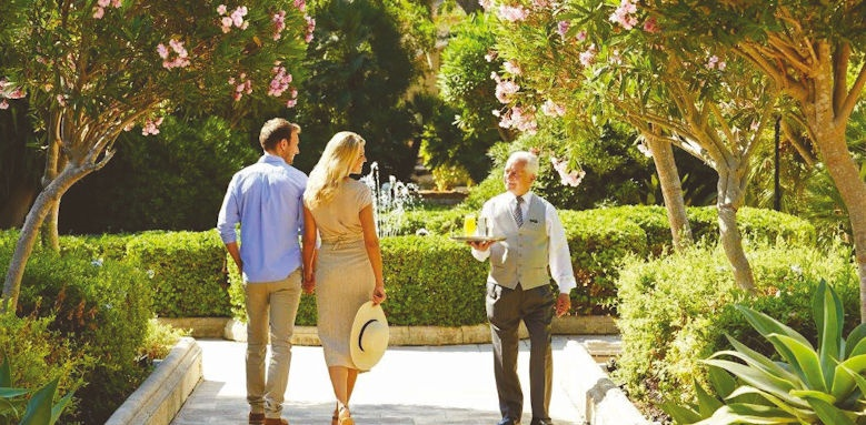 Corinthia Palace Hotel & Spa, coupld in gardens