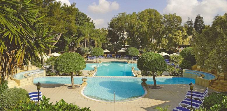 Corinthia Palace, pool views