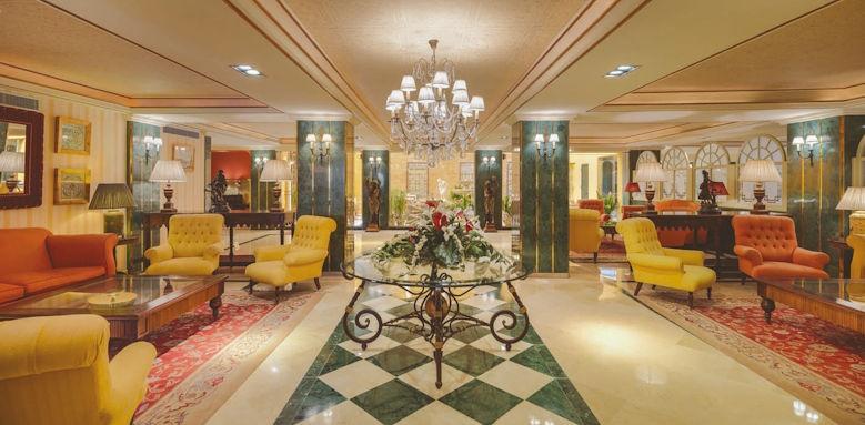 H10 Corregidor Boutique, lobby