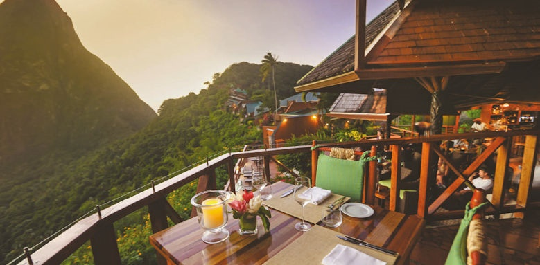 Ladera resort, restaurant