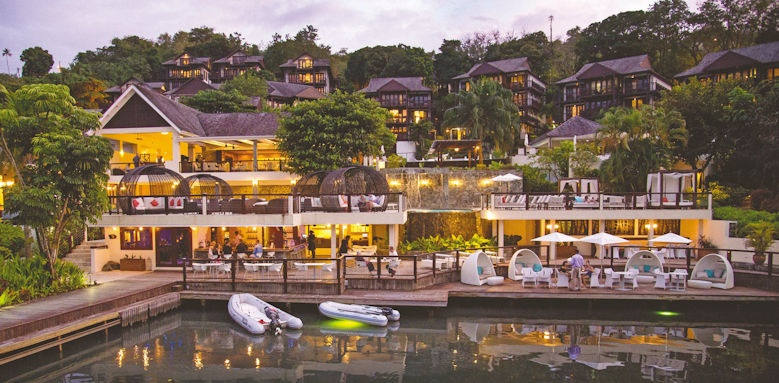 marigot bay resort & marina, view from sea