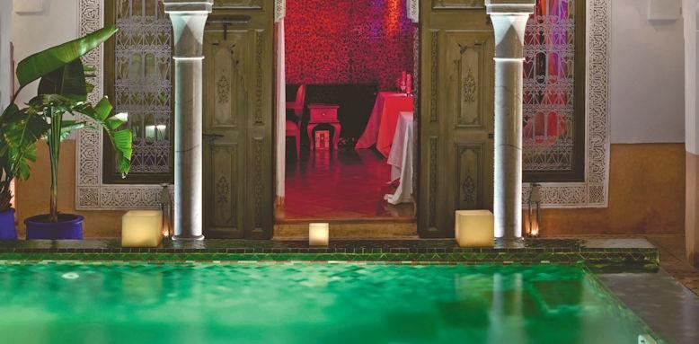 Riad Farnatchi, restaurant entrance