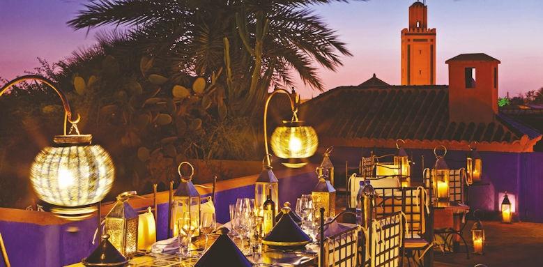 Riad Farnatchi, restaurant night and koutobia view