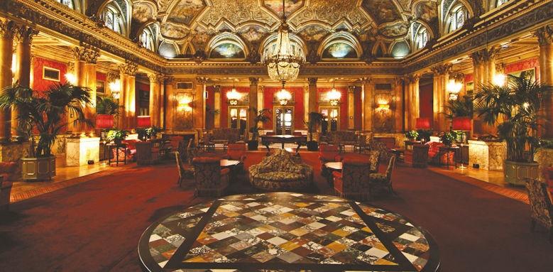 Grand Hotel Plaza, ballroom