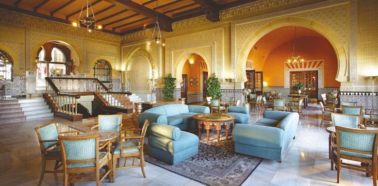 Alhambra Palace, lobby