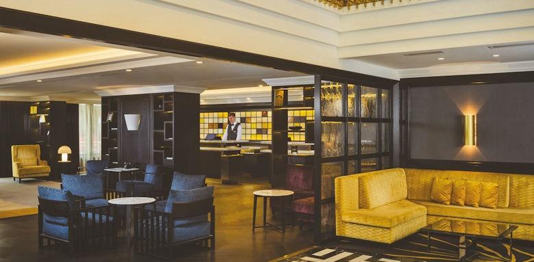 Hilton Vienna Plaza, lobby lounge