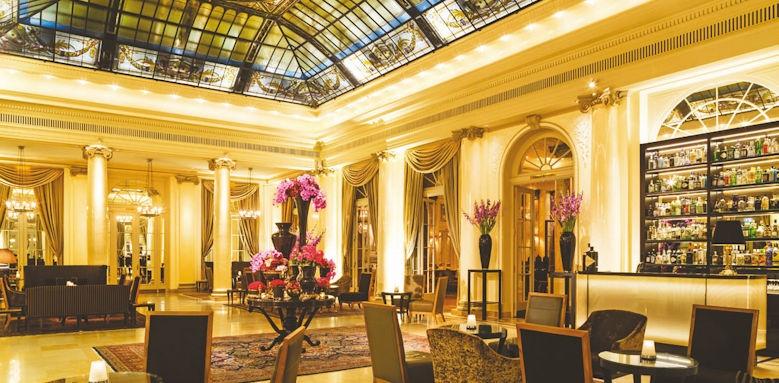 Bellevue Palace, lobby