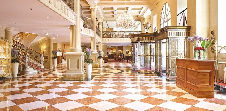 Grand Hotel Wien, lobby