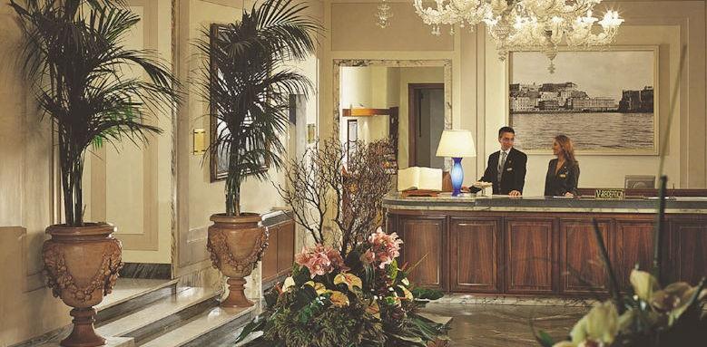 Grand Hotel Vesuvio, lobby