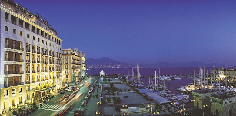 Grand Hotel Vesuvio, views