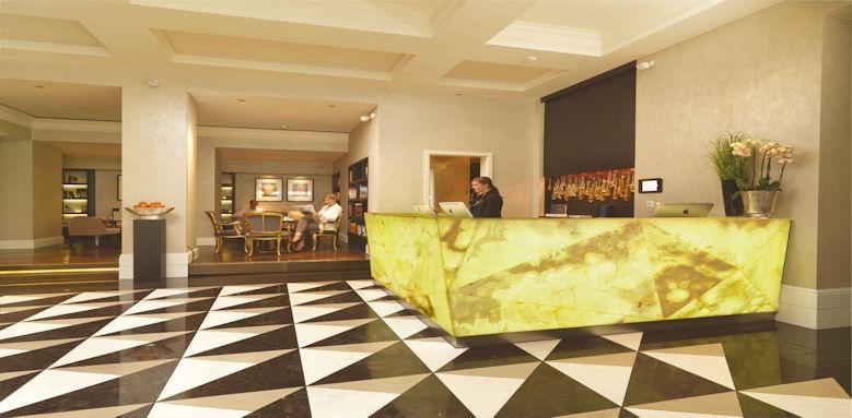 Schweizerhof Bern, lobby