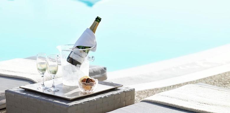 Ikos Aria, champagne