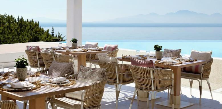 Ikos Aria, restaurant