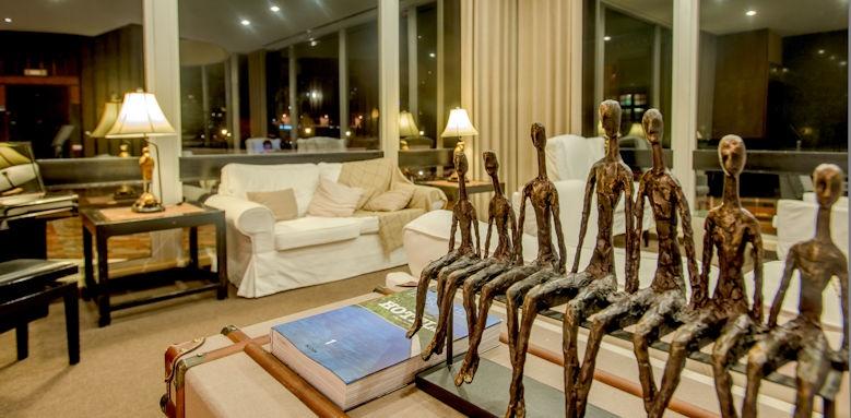 pestana carlton madeira, lobby artistic details