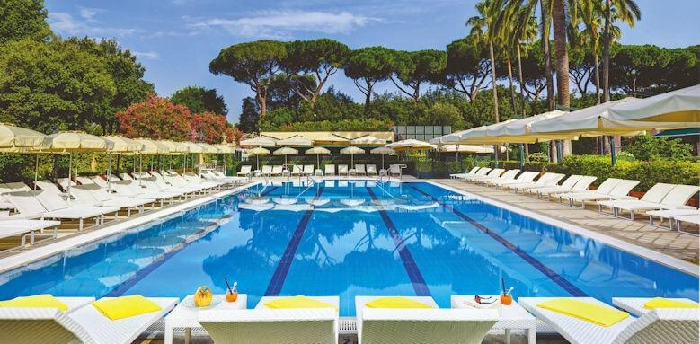 Parco Dei Principi Grand Hotel & Spa, pool
