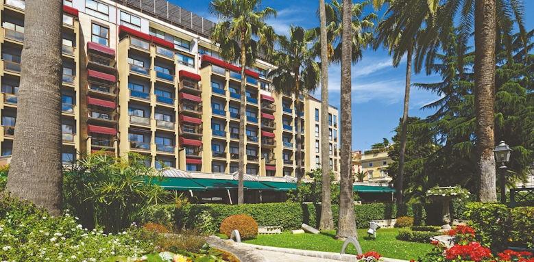 Parco Dei Principi Grand Hotel & Spa, external view