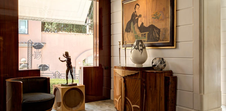 Hotel Lord Byron, lobby