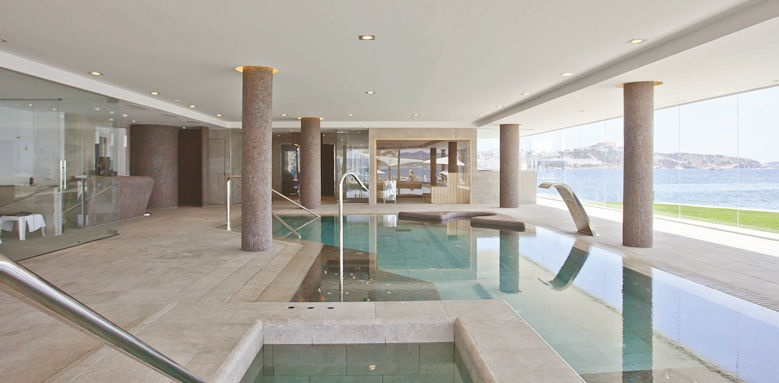 Hotel Torre Del Mar, indoor pool