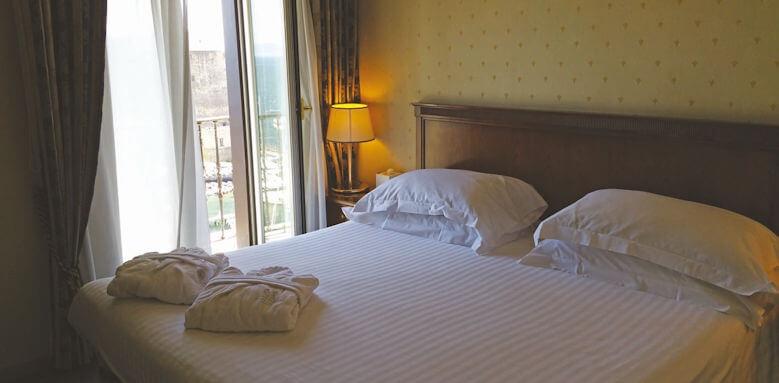Grand Hotel Santa Lucia, bedroom