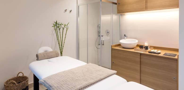 caprice alcudia port, spa treatment room