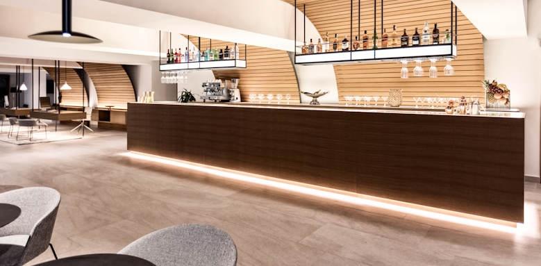 caprice alcudia port, lobby bar