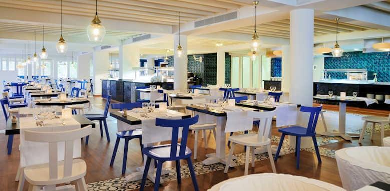 H10 Big Sur, blue bay restaurant