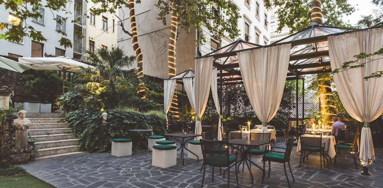Hotel Manin, restaurant terrace