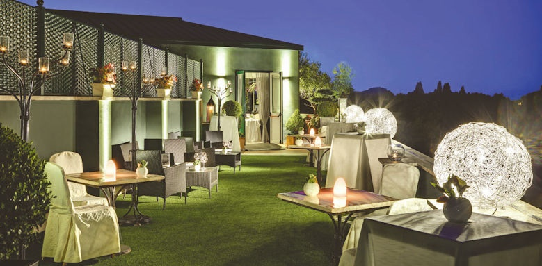 splendide royal, lounge terrace