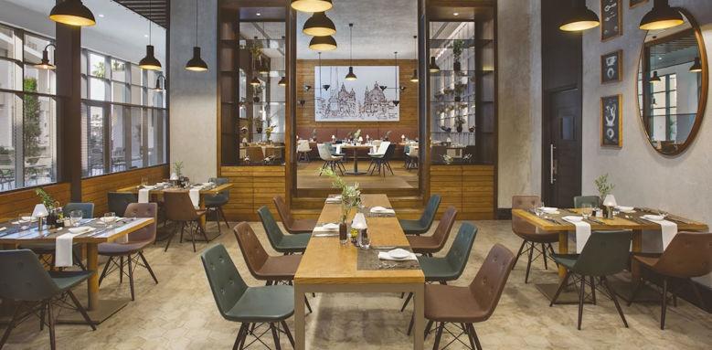 Acanthus & Cennet Barut, Lavanta restaurant