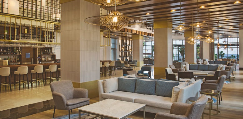 Acanthus & Cennet Barut, lobby