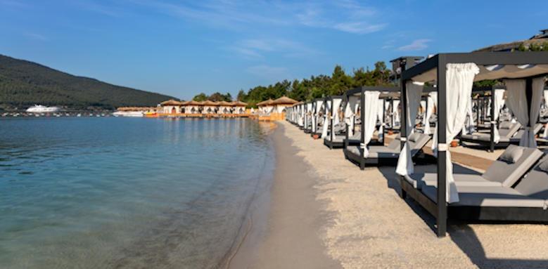 Turkey_titanic deluxe bodrum_beach