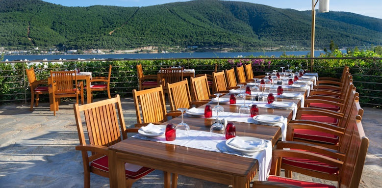 Turkey_titanic deluxe bodrum_eating area
