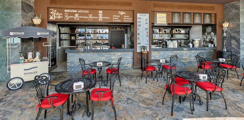 Turkey_titanic deluxe bodrum_coffee shop