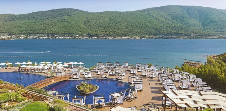 Titanic Deluxe Bodrum, pool and sea view