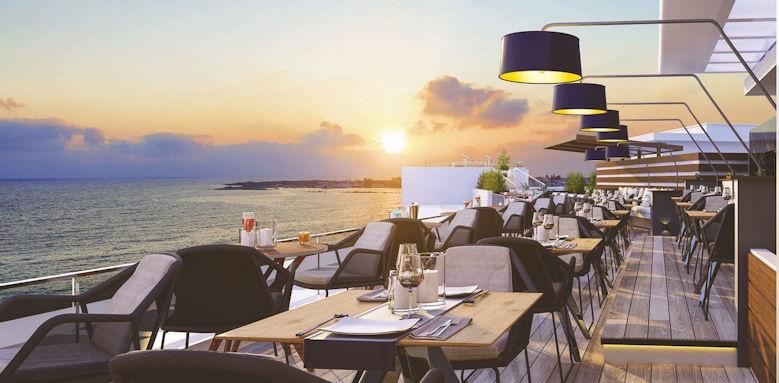 Amavi, roof garden restaurant