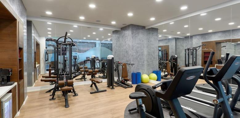 Amavi, Gym Image