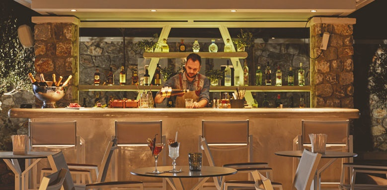 Orabel Suites, bar