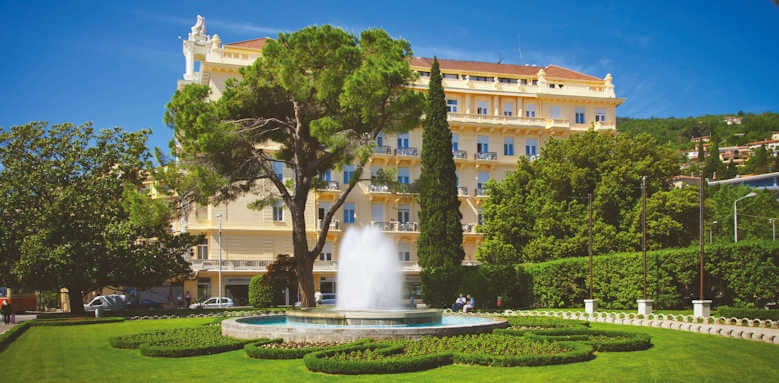 Remisens Grand Hotel Palace, view of hotel gardens