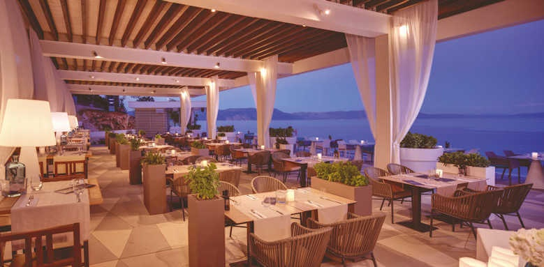 Valamar Collection Girandella, restaurant night scene